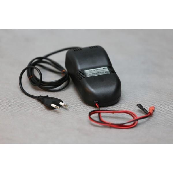 Устройство зарядное от сети 220 СОНАР-12 для акбВ 5-12 Ач УЗ 205.03